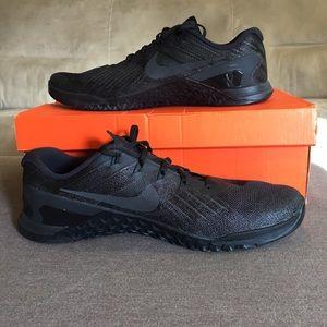 Nike Men's Metcon 3⚡️ like new, in box!